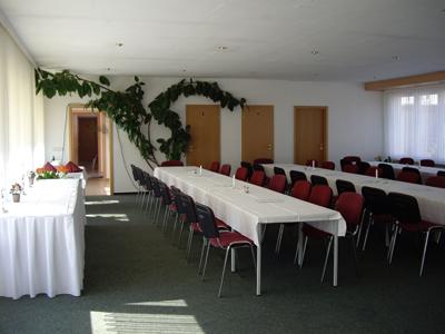 Am Goldbach bietet ihnen Veranstaltungen bis zu 100 Personen