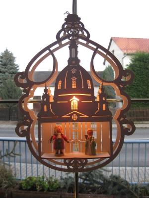 AM Goldbach - Fensterbild Frauenkirche