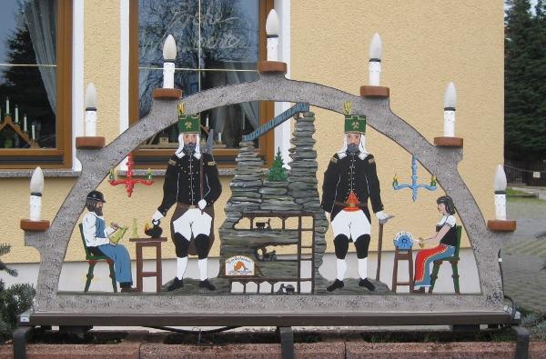 Am Goldbach - Schwibbogen